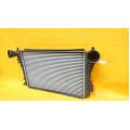 Радиатор интеркулера Volkswagen Jetta 5 1K0145803T
