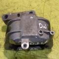 Опора двигателя правая Volkswagen Jetta 5