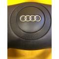 Руль Ауди а8 d2 Рулевое колесо в сборе с подушкой аэрбег Audi A8 D2 98 года выпуска б/у в отличном состоянии