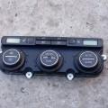 Блок управления климат-контролем печкой Volkswagen Passat B6 2007 года выпуска Фольксваген пассат б6