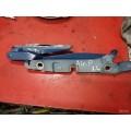 Задняя левая петля багажника audi a4 2001 г седан 8e5827301B
